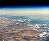 رائد فضاء يلتقط صورة لأعلى قمم العالم من الفضاء