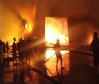 ماس كهربائى وراء حريق مصنع كرتون.. وإصابة مهندس باختناق