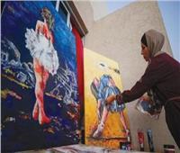 بالأسلاك الشائكة.. فنانة من غزة ترسم راقصات الباليه