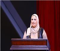 وزيرة التضامن تتفقد إحدى مدارس التعليم المجتمعي بالفيوم