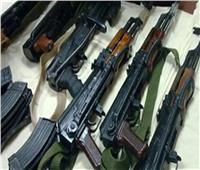 كوكتيل مخدرات وسلاح بحوزة 80 شخصا بالجيزة