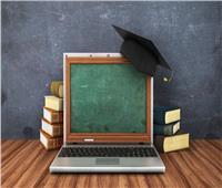 التعليم المدمج .. فرصة واعدة لبناء كوادر متعددة المهارات