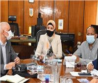 السكرتير العام المساعد تتابع أعمال تطوير المناطق غير المخططة بقنا