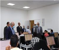 رئيس جامعة الدلتا التكنولوجية يفتتح العمل بقاعة الإختبارات الإلكترونية