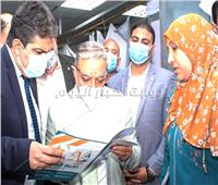 خاص| رئيس جامعة طنطا يزور الطفلة نورهان المصابة بغيبوبة