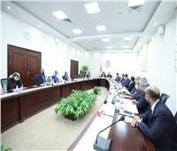 «عبد الغفار»: تكثيف جهود الجامعات الأجنبية في تطعيم كافة عناصر المنظومة التعليمية