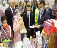 «مستقبل وطن المنيا» يفتتح معارضه لبيع المستلزمات الدراسية بأسعار مخفضة