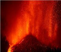 تقارير إسبانية تشير إلى عدم وجود أدلة تبشر بنهاية ثوران بركان جزيرة لابالما