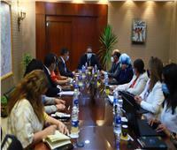 وزير السياحة يعقد اجتماعاً تنسيقياً مع قيادات الوزارة وهيئة التنشيط السياحي