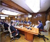 وزير التعليم العالي يعقد اجتماعا للتعاون في تدريب المتخصصين في السكك الحديدية