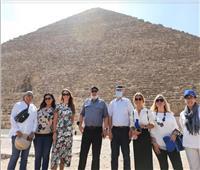 نائب الرئيس التنفيذي للمفوضية الأوروبية يزور الأهرامات   صور