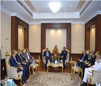 بمناسبة احتفالات انتصارات أكتوبر.. محافظ المنيا يقدم التهنئة لرجال القوات المسلحة