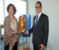 وزير السياحة يدعو مدير عام منظمة اليونسكو لحضور كرنفال الأقصر