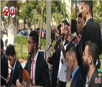 احتفالات طلاب جامعة عين شمس في أول يوم دراسة | فيديو