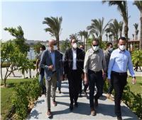 رئيس الوزراء يتفقد أعمال تطوير منطقة «سور مجرى العيون»