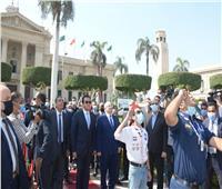 الخشت: تحية العلم المصري رمزًا للولاء والانتماء والوطنية  صور
