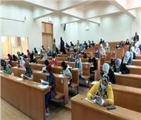 «التعليم العالي» تحسم الجدل حول تأجيل الدراسة بالجامعات