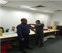 جامعة حلوان: تطعيم أعضاء هيئة التدريس والعاملين والطلاب ضد فيروس كورونا