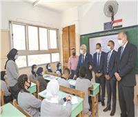 حجازى للمُعلمين: شجعوا التلاميذ على البحث والتقصى