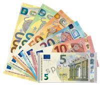 اليورو يبدأ تعاملات اليوم مسجلاً 18.08 جنيهًا