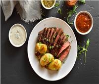 طريقة تحضير شرائح اللحم بالزعتر والبطاطس