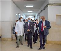 وكيل وزارة الصحة بالشرقية يتفقد سير العمل بمستشفى الصالحية المركزي