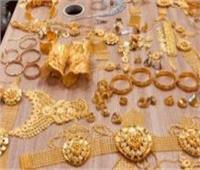 صاحب محل لبيع الذهبيتهم عاملا بسرقة كيلو و800 جرام دهب بالمحلة الكبرى