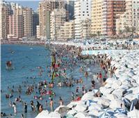 الإسكندرية تودّع الصيف بـ700 ألف جنيه غرامات