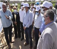 رئيس الوزراء يتفقد مشروعات «حياة كريمة» الجاري تنفيذها بقرية الدير في إسنا