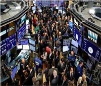 وول ستريت تغلق مرتفعة بدعم من مكاسب لأسهم النمو