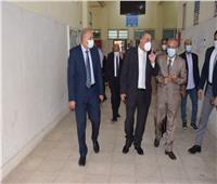 جامعة حلوان تحث الطلاب على تلقى لقاح كورونا