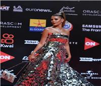 هبة السيسي ترتدي فستان زجاجي بمهرجان الجونة
