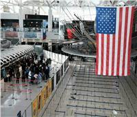 أمريكا تسمح للمسافرين الحاصلين على لقاح كورونا بدخول البلاد