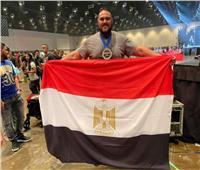 «العملاق المصري» يفوز بلقب أقوى رجل في العالم في «الداد ليفت»  صور