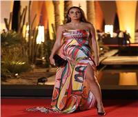 سارة عبدالرحمن: «من حقي احتضان جسدي بأنوثته وذكورته بكل ما يحمل من جمال»
