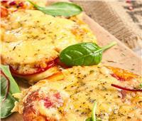 طريقة تحضير فطائر الطماطم مع الجبن الشيدر
