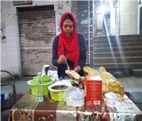 حكايات| «المعلمة شوشو».. طالبة ماجستير تبيع الساندوتشات في شوارع قنا