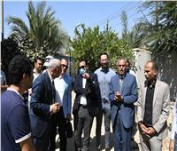 نائب محافظ قنا يتفقد أعمال تنفيذ عدد من المشروعات التنموية بـ«نجع حمادي»