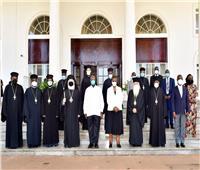 البابا ثيودروس يلتقي رئيس أوغندا في ختام زيارته الرعوية