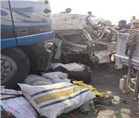 بالأسماء.. المنيا تودع 5 من أسرة واحدة في حادث الطريق الأوسطي بالجيزة