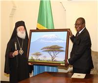 خلال زيارته لتنزنيا.. البابا ثيودروس يلتقي بنائب الرئيس التنزاني