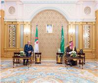 ولي العهد السعودي يلتقي رئيس الحكومة الجزائرية