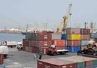 نشاط في حركة السفن والشاحنات بميناء الاسكندرية