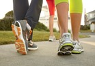 المشي واليوجا يحسنا عملية التنفس والأحاسيس والانفعالات