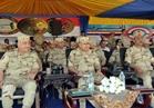 وزير الدفاع يشهد البيان العملي للمدفعية «رعد 27» بالذخيرة الحية
