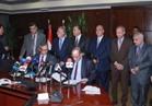 وزير النقل يشهد توقيع عقد بوابات تذاكر خط المترو الثالث