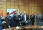"""""""قناة السويس للحاويات"""" توقع اتفاقية العمل الجماعي لتنظيم الحقوق والواجبات"""