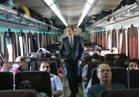 وزير النقل يعتذر لركاب قطار الإسكندرية عن التأخير.. ويؤكد: لدينا خطة لتطوير السكك الحديد