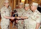 وزير الدفاع يشارك رجال الهيئة الهندسية واسر شهداء القوات المسلحة تناول الافطار