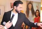 صور| استقبال حافل لتامر حسني في الإمارات.. و«تصبح على خير» يتصدر الإيرادات